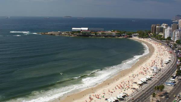 Brazil Photograph - Copacabana Beach by Jose Fernando Ogura/curitiba/brazil
