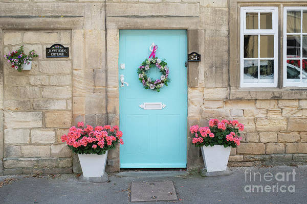 Wall Art - Photograph -  Cotswold Stone Cottage In Winchcombe by Tim Gainey