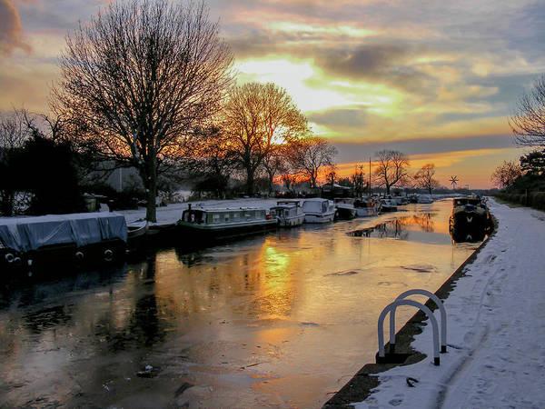 Photograph - Cranfleet Canal Boats by John Dakin