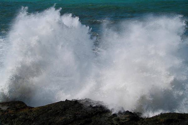 Photograph - Crashing Waves - Shelter Cove California by Bill Cannon