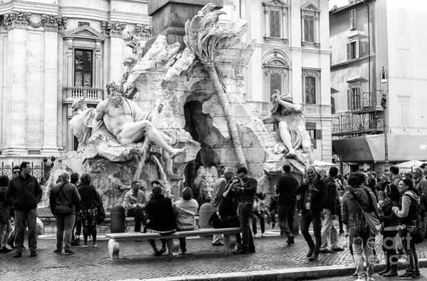Photograph - Crowds At The Fontana Dei Quattro Fiumi In Rome by John Rizzuto