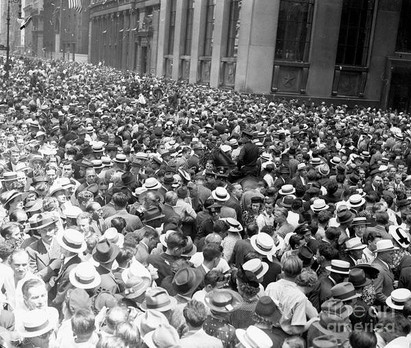 Photograph - Crowds During The Howard Hughes Parade by New York Daily News Archive