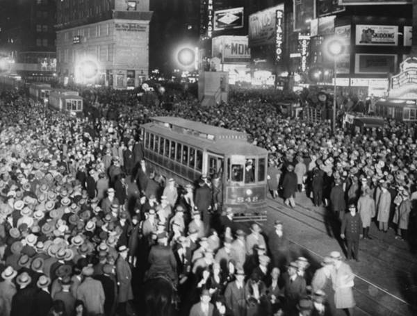 Us President Photograph - Crowds Greet Herbert Hoover In Times by New York Daily News Archive