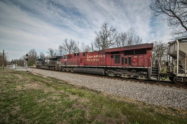 Norfolk Southern Railway Wall Art - Photograph - Csx Q500-03 Northbound At Madisonville Ky by Jim Pearson