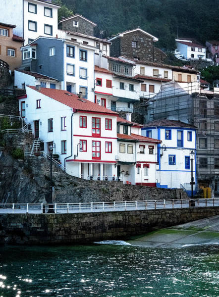 Photograph - Cudillero Houses by Tom Singleton