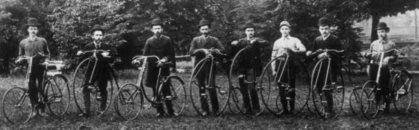 Wall Art - Photograph - Cycle Club by Hulton Archive