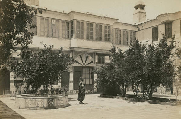 Damascus Photograph - Damascus House by Spencer Arnold Collection