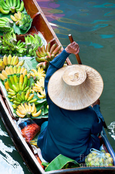 Wall Art - Photograph - Damnoen Saduak Floating Market Near by I Viewfinder