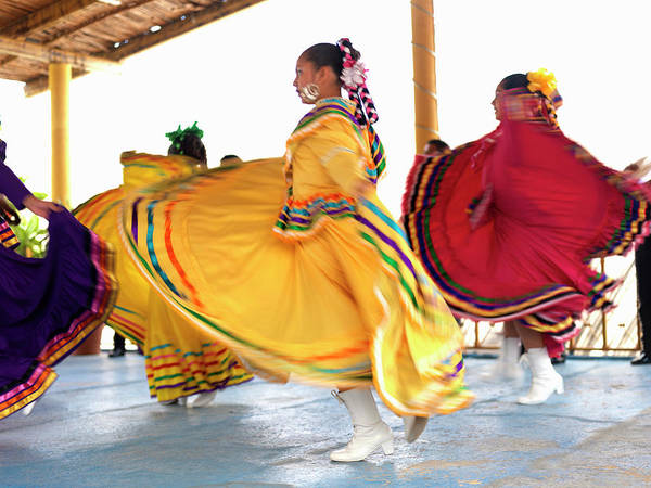 Buns Photograph - Dancers In Folkloric Costume Performing by Cosmo Condina