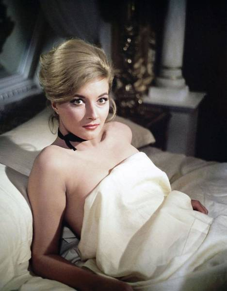 From Russia With Love Wall Art - Photograph - Daniela Bianchi In 007, James Bond From Russia With Love -1963-. by Album