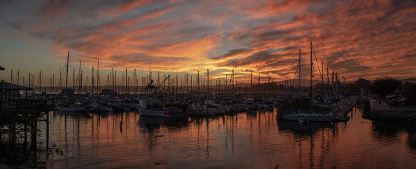Monterey Bay Photograph - Dawn Monterey Bay California by Steve Gadomski