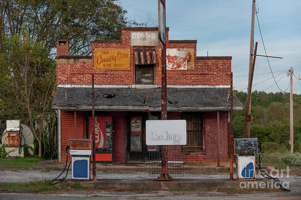 Photograph - Days Of Old - Country Store In Inman South Carolina by Dale Powell