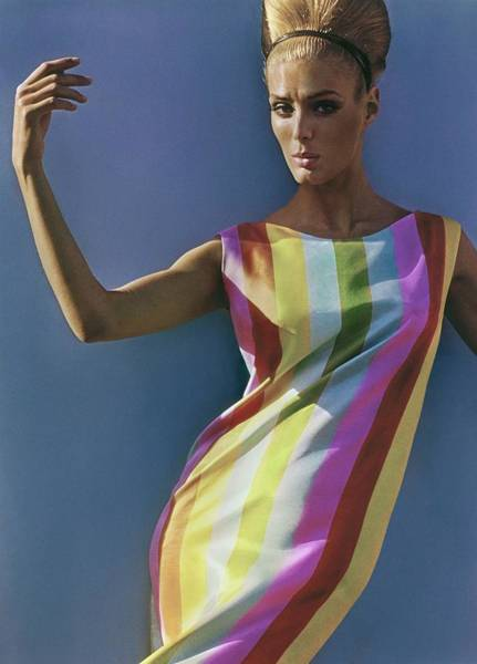 Photograph - Deborah Dixon In Serendipity 3 by Bert Stern