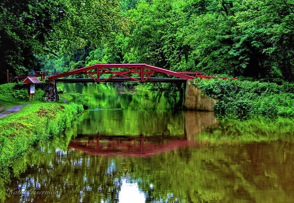 Red Wall Art - Photograph - Delaware's Crossing by Kathi Isserman