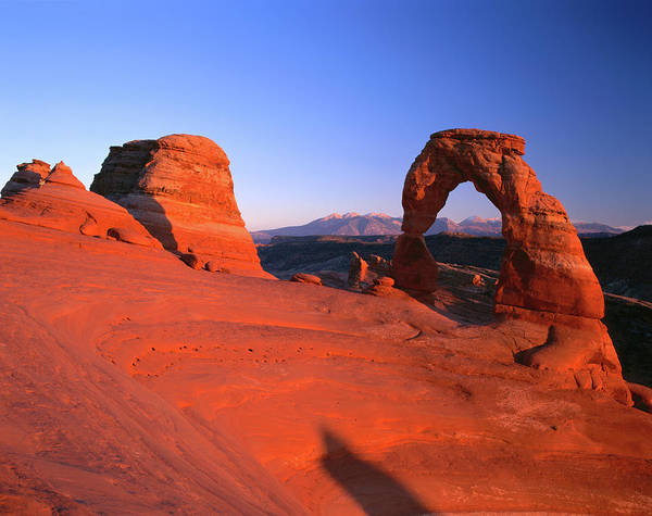 Natural Arch Photograph - Delicate Arch And Surrounding by Ross Barnett