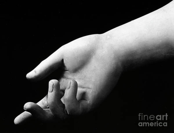 Wall Art - Sculpture - Detail Of The Hand Of The Athena Farnese by Roman School
