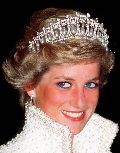 Queen Photograph - Diana Lovers Knot Tiara by Tim Graham