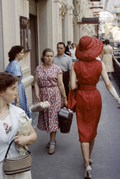 Photograph - Dior In Moscow by Howard Sochurek