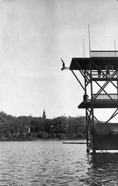 Upside Down Photograph - Diving Competition, International by Hulton Collection