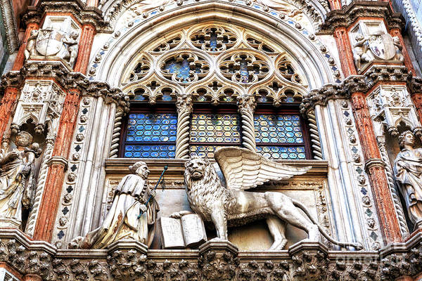 Lion Of St Mark Photograph - Doge Francesco Foscari Kneeling Before The Lion Of Saint Mark In Venezia by John Rizzuto