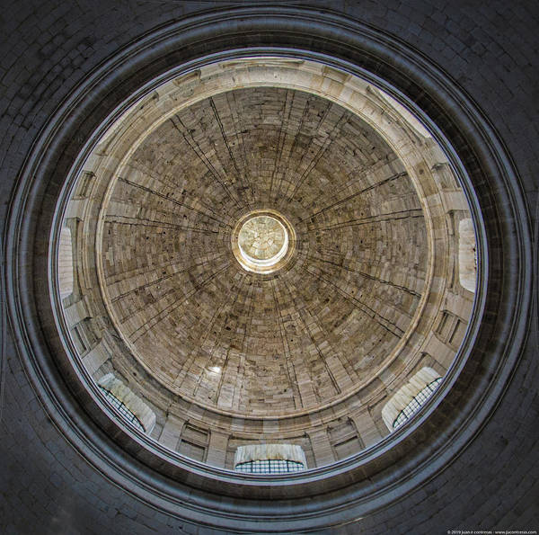 Photograph - Dome Ceiling by Juan Contreras