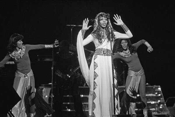 Radio City Music Hall Photograph - Donna Summer At Radio City by Fin Costello