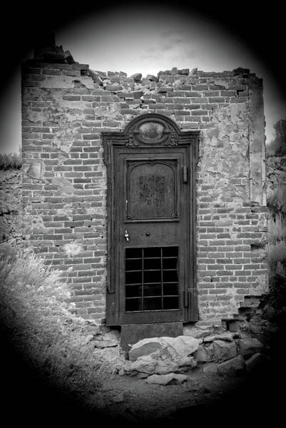 Photograph - Door To The Past - Old World by Lynn Bauer