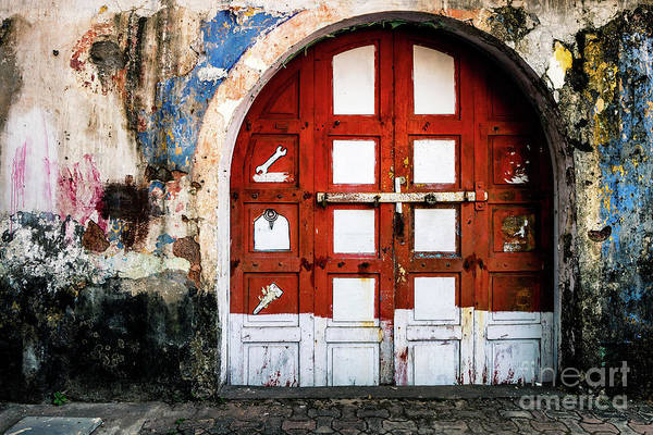 Photograph - Doors Of India - Garage Door by Miles Whittingham