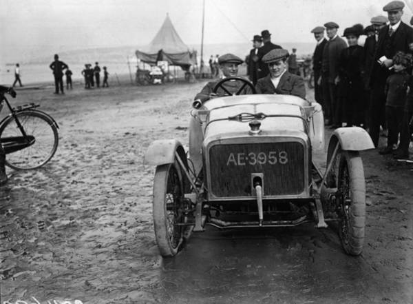 Weston Photograph - Douglas Cycle Car by Topical Press Agency