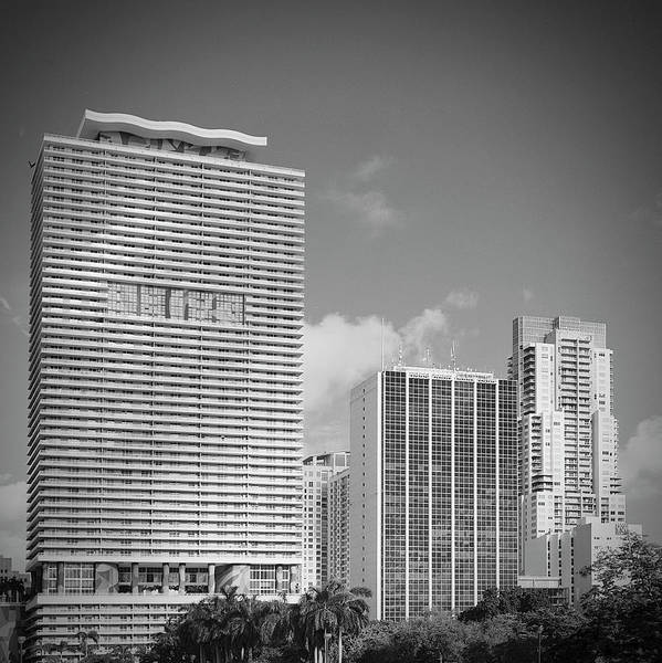 Wall Art - Photograph - Downtown Miami Rl071904 by Rudy Umans