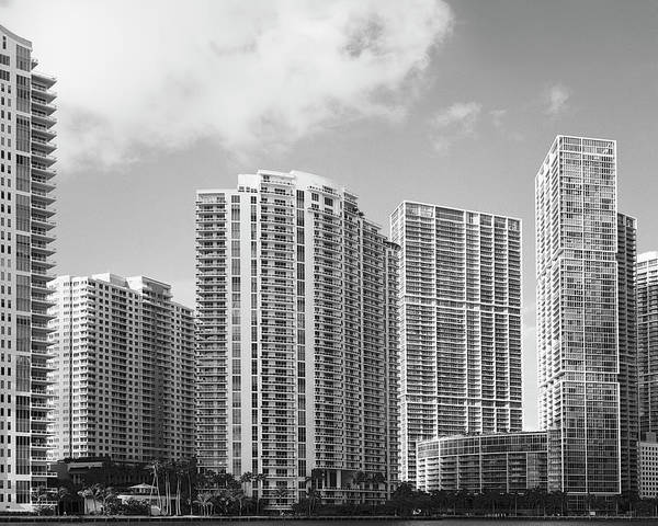 Photograph - Downtown Miami Rl071905 by Rudy Umans