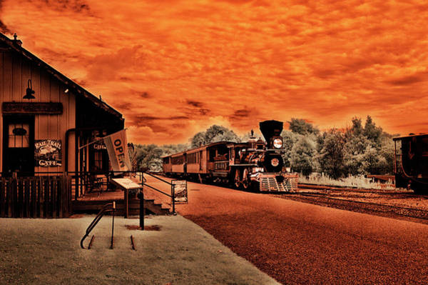 Photograph - Dreaming Of Lincoln's Train by Paul W Faust - Impressions of Light
