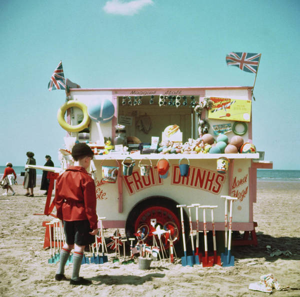 Photograph - Drinks Stall by Hulton Archive