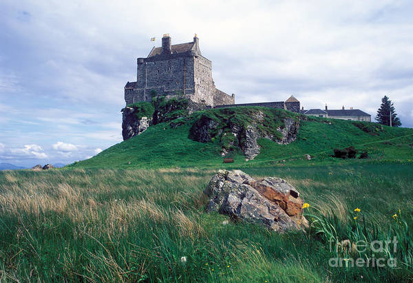 Restored Wall Art - Photograph - Duart Castle Home Of The Maclean Clan by Leksele