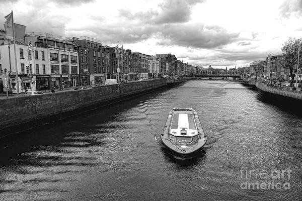 River Liffey Wall Art - Photograph - Dublin River Liffey by Olivier Le Queinec