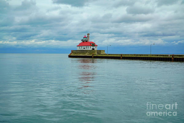 Photograph - Duluth Lighthouse by Susan Rydberg