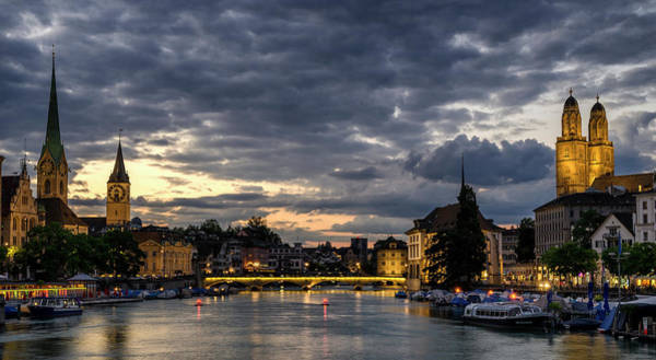 Photograph - Dusk At Zurich by Pablo Lopez