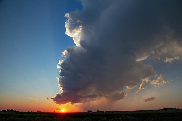 Photograph - Dying Nebraska Thunderstorms At Sunset 088 by NebraskaSC