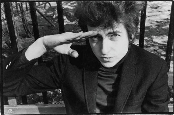 Usa Photograph - Dylan Salutes In Sheridan Square Park by Fred W. McDarrah