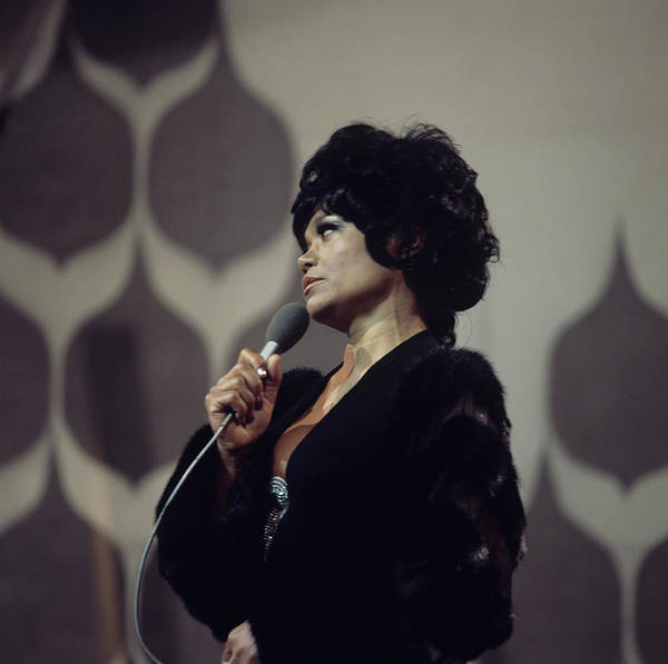 Photograph - Eartha Kitt Performs On Tv Show by David Redfern