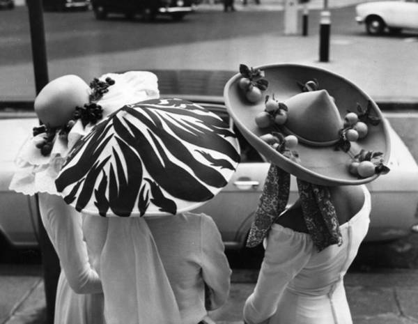 Sun Hat Photograph - Easter Bonnets by S O'meara