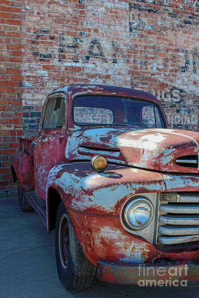 Wall Art - Photograph - Old Truck In Goodland by Lynn Sprowl