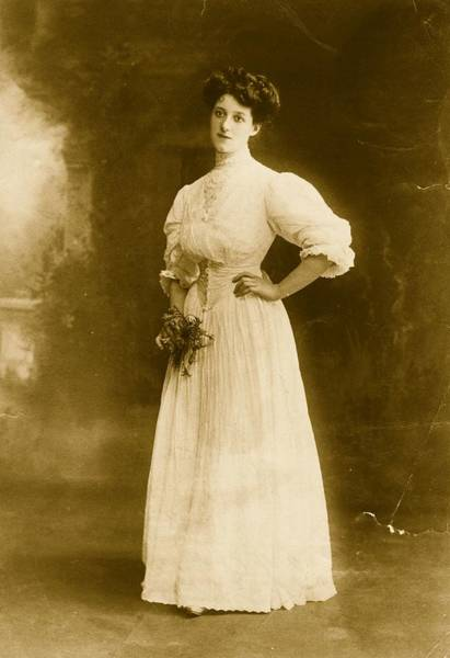 Dress Photograph - Edwardian Gown by Hulton Archive