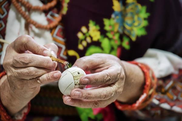 Photograph - Egg Painting - Romania by Stuart Litoff