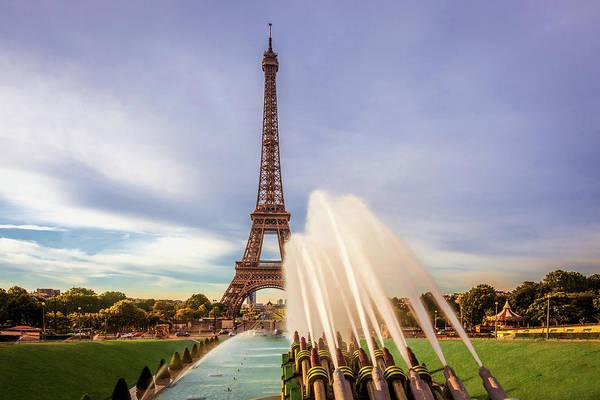 Wall Art - Photograph - Eiffel At Morning by Andrew Soundarajan
