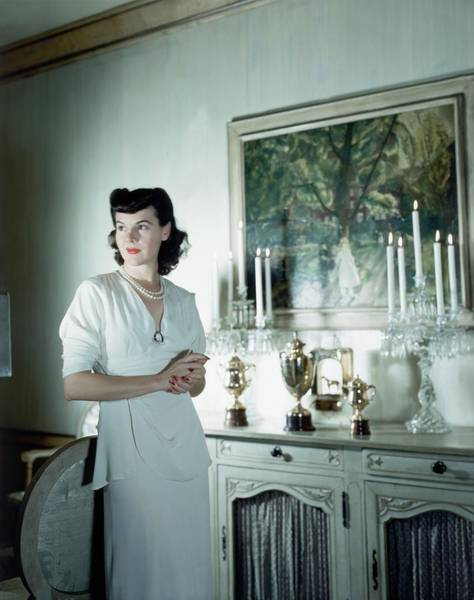 Wall Art - Photograph - Eleanor Vanderbilt Whitney At Home by Horst P. Horst