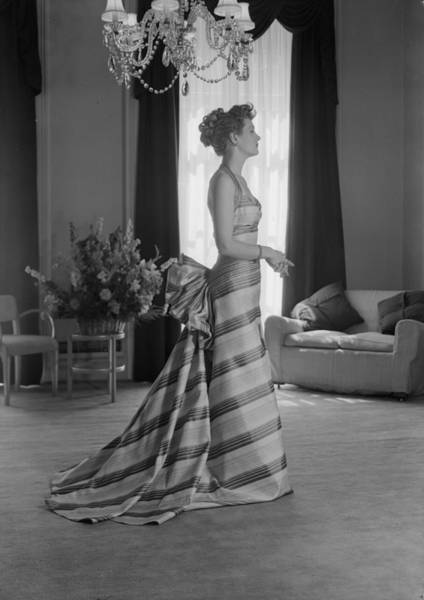 Evening Wear Photograph - Elegance by Chaloner Woods