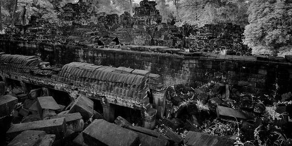 Wall Art - Photograph - Elevated View Of Ruins At The South by Panoramic Images