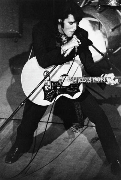 Photograph - Elvis In Vegas by Archive Photos