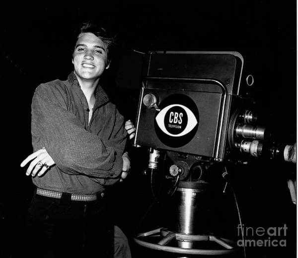 Wall Art - Photograph - Elvis Poses By Television Camera by Cbs Photo Archive